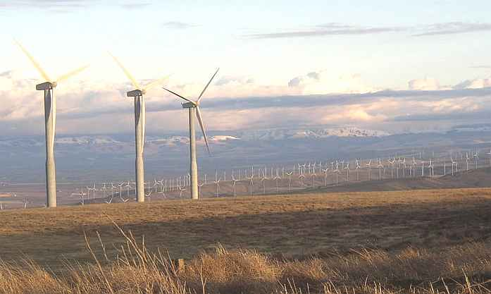 wind_turbines_blue_mountains