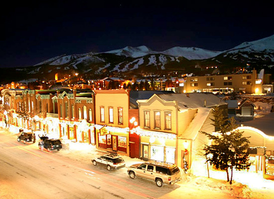 breckenridge-main-street-at-night